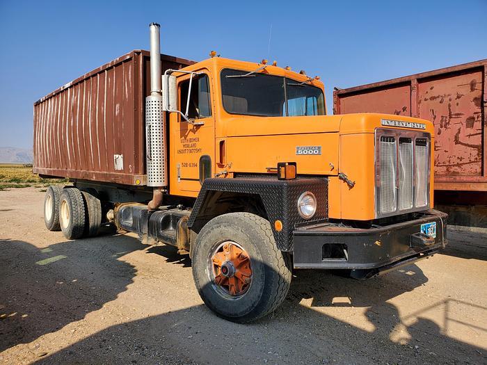 Used International Dump Truck w/ 20' Bed - Diesel