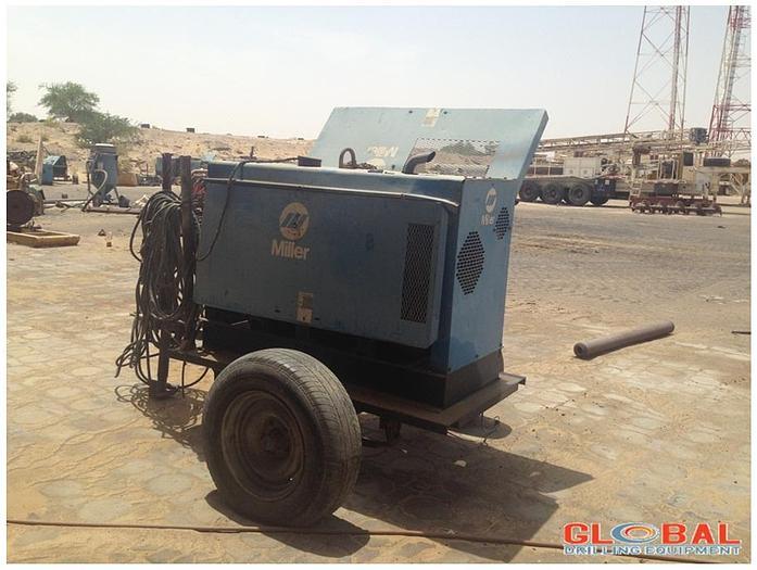 Used Item 0818 : Miller 251 Big Blue Welding Machine