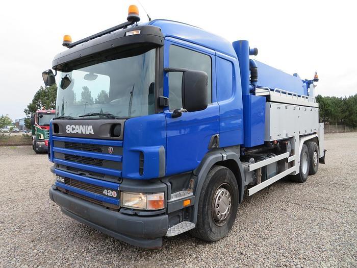 God 2004 Scania 124/420HPI 6x2*4 Hvidtved Larsen 12.000 l.