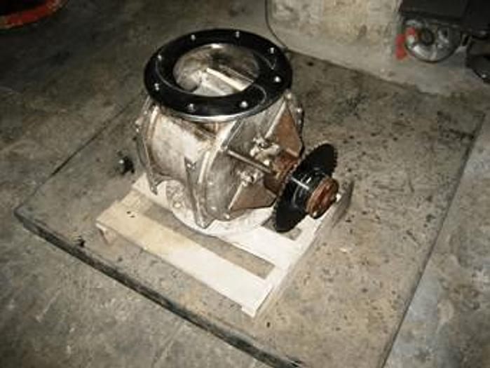 Used 8 in. ROTARY AIR LOCK – S/S