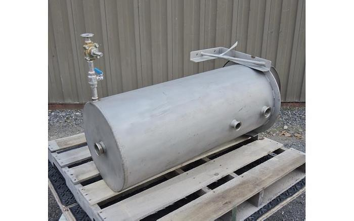 USED 30 GALLON TANK, STAINLESS STEEL