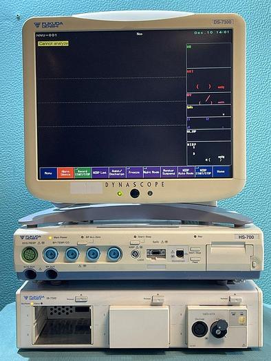 Gebraucht Fukuda Denshi Patientenmonitor Dynascope DS-7300 mit HS-700 Super Module und IB-7300 Input Box