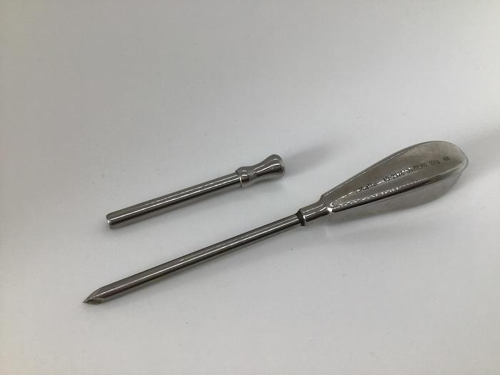 Used Trocar and Cannula 5mm diameter by 80mm with Handle