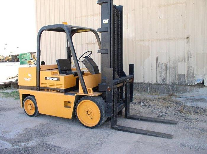 15,000 lb. Caterpillar T150D Forklift; Riggers Forklift