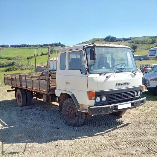 1984 Toyota HINO FD174L dropside truck