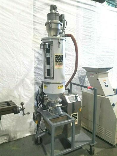Used Cincinnati Milacron Hopper Plastic Resin Dryer & Loader Model DD30