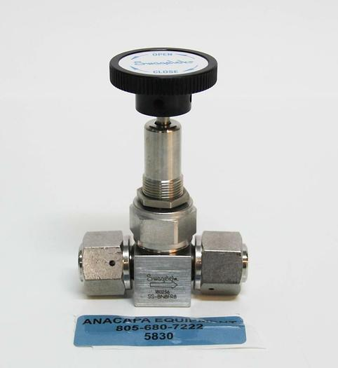 Used Swagelok SS-BN8FR8 Stainless Steel 316L High Purity Bellows Sealed Valve (5830)