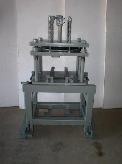 "Used 40 Ton x 36"" AIRAM Pneumatic Cut-Off Press"