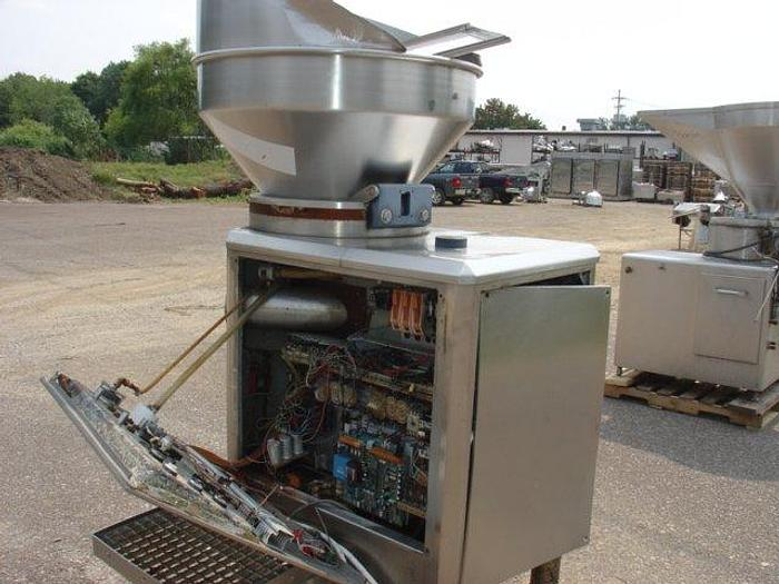 Used Vemag Continuous Vacuum Stuffer; Md#Robot 1000DC