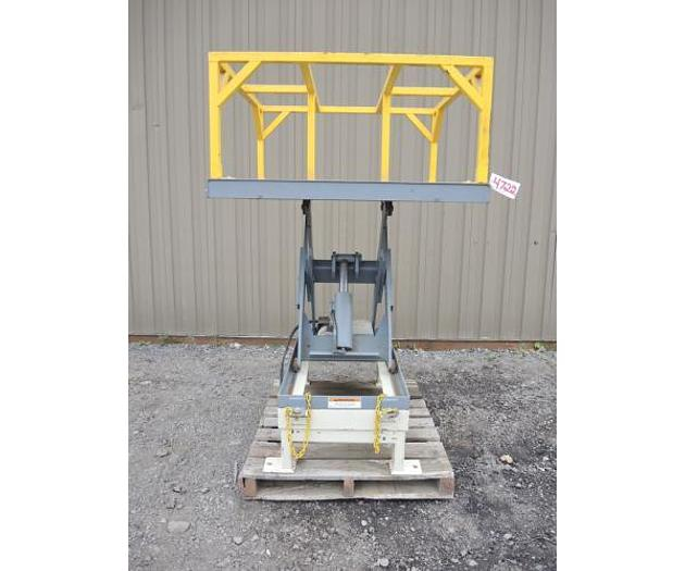 "USED LIFT TABLE, SCISSOR LIFT, 48"" X 48"" PLATFORM, 2500 LB. CAPACITY"