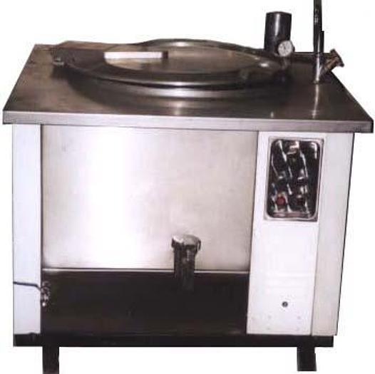 Używane Kocioł elektryczny z płaszczem wodnym i spustem dolnym, pojemność 80 l