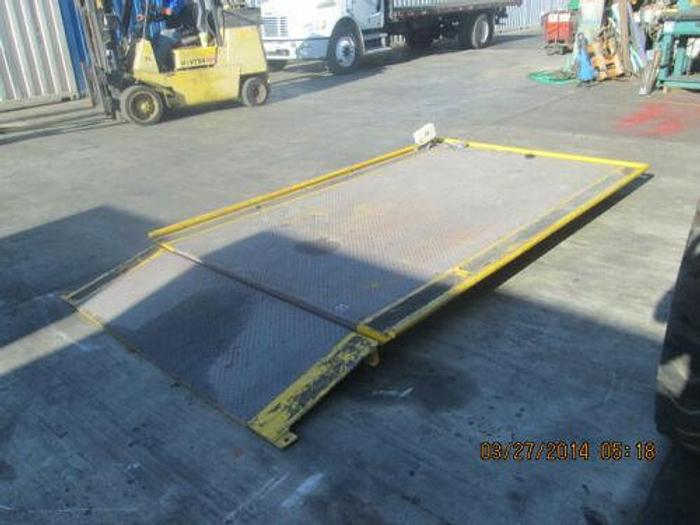 USA BUILT10,000 LB. 6 FOOT X 8 FOOT INDUSTRIAL PLATFORM SCALE WITH FLANGES W/DRO