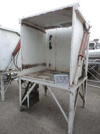 Hydraulic Bin Dumper #3375