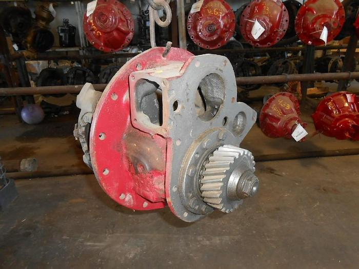 Used ROCKWELL FRONT REAR SQHD-6.17 RATIO: 6.17 AXLE SPLINE: 22 C/N# 3200M949
