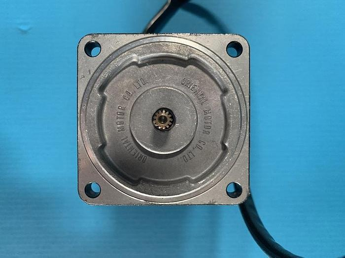 Used Oriental Motors PB204-101 Reversible motor