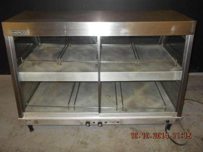 "MERCO FOOD WARMER APROX 4'W BY 28""D"