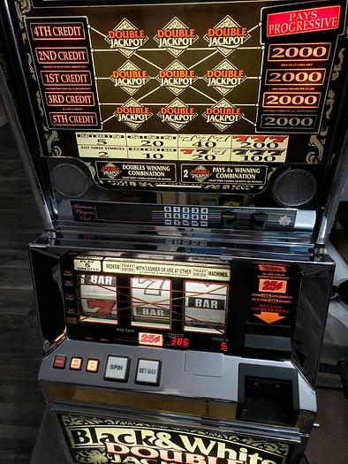 Used Slot Machines , Black and White Jackpot , fully serviced