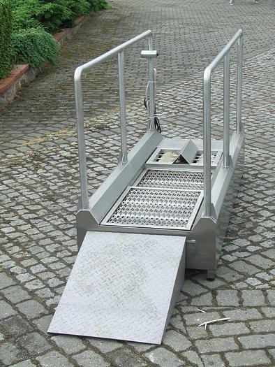 Używane Wejście sanitarne