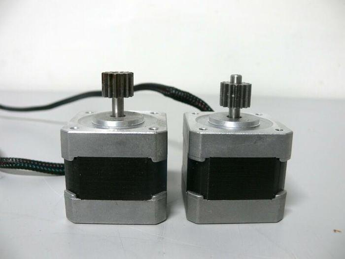 Used Lot of 2 - Oriental Motor Co Vexta PK244-01A 2-Phase Stepping Motor 1.2A  3.3OHM