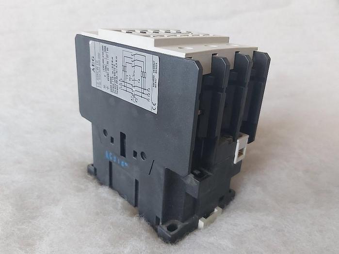 Gebraucht Leistungsschütz, 400V 55KVAR, LS 55KCW.10, AEG,  gebraucht