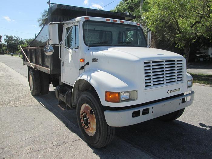 2001 International 4700 Single Axle Dump Truck