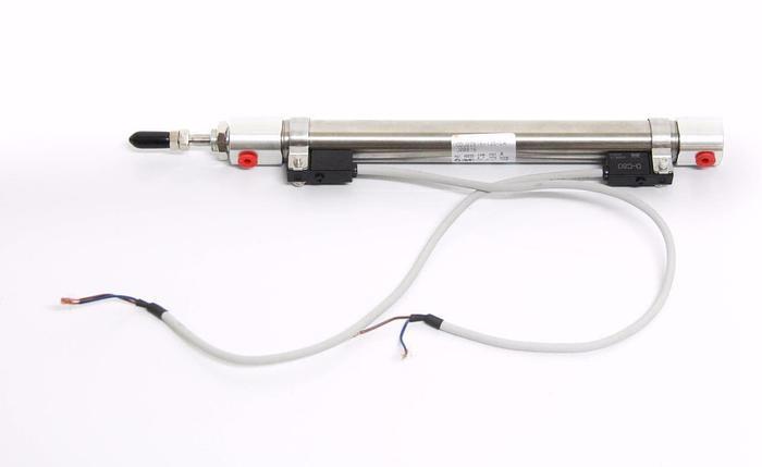 Used SMC CDJ2ZB16-135-DA J00816 Round Body Air Cylinder w/ Auto Switch & Cables (4158