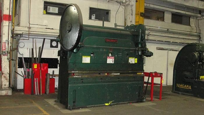 Cincinnati 10' Mechanical Press Brake with Dies 90 Ton