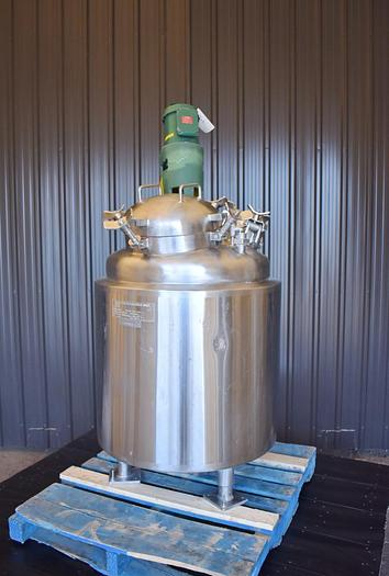Used USED 66 GALLON JACKETED TANK, STAINLESS STEEL, WITH MIXER