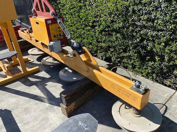 Used Caldwell Vacuum Lifter Model Univac 1500 #5789
