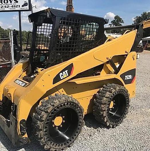 Used 2011 Caterpillar 252 B Skidsteer