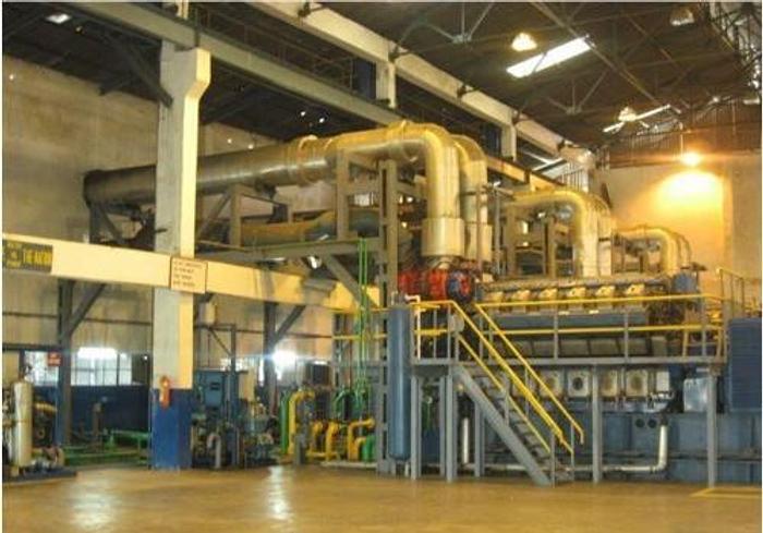 24.9 MW 1994 Used Wartsila 12V32E HFO Power Plant