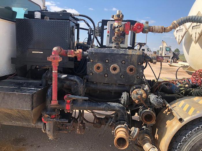 15k Acid Pump Truck w/ Trailer
