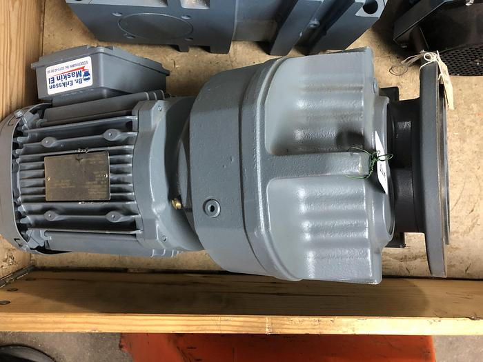 1,5 kW, SEW-Eurodrive, Electric motor with reducer