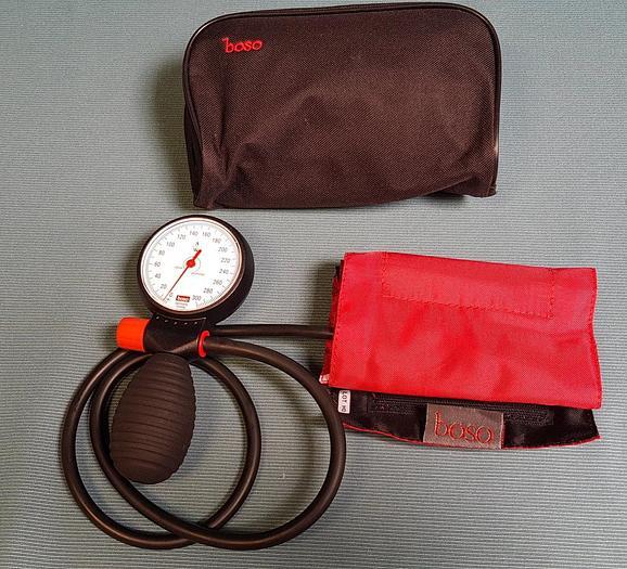 Used Boso Robustes Blutdruckmessgerät mit Einschlauch-Technik, Manschette