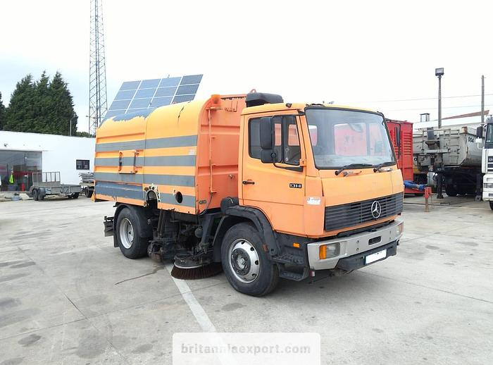 Used 1992 MERCEDES-BENZ 1314 road sweeper