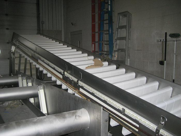ALLEN PRODUCT ELEVATOR WITH SCOOPS