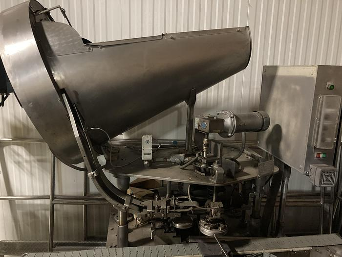 Used Resina S-51 Capper