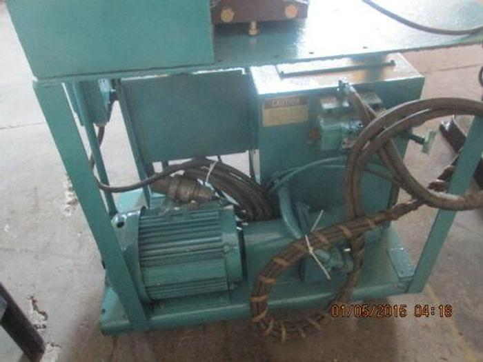 WHITNEY MODEL 750 - 015 PORTABLE 50 TON HYDRAULIC PUNCH WITH DIE HOLDERS