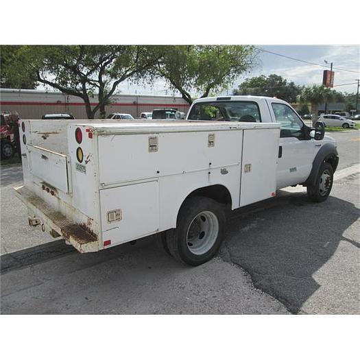 2007 Ford F450 utility truck