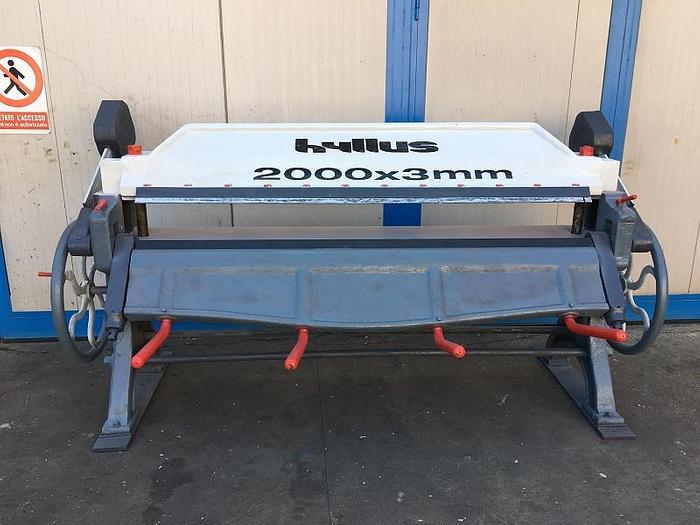 Usata PIEGATRICE MANUALE HYLLUS 2.000 mm x 3 mm