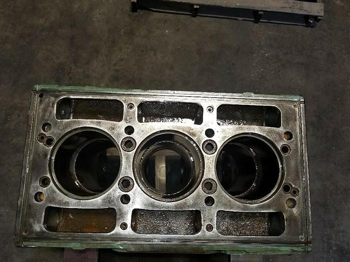 Used Detroit 371