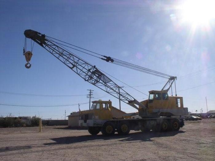 60 Ton Baldwin-Lima-Hamilton Model 600T Truck Crane; Lattice Boom; One Owner