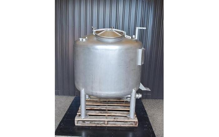 USED 300 GALLON TANK, STAINLESS STEEL