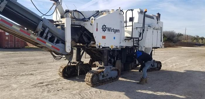 Used 1997 Wirtgen 1900DC MILLING MACHINE