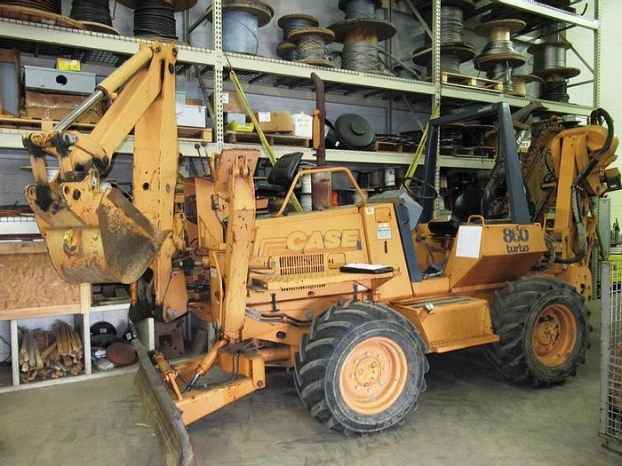 Used 2001 CASE 860