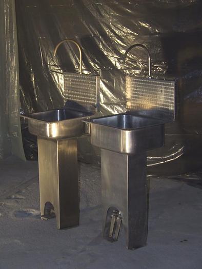 Używane 1-Schüssel-Waschbecken aus Edelstahl