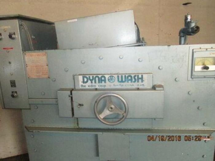 EDRO / DYNA WASH MODEL DW 1000C THREE POCKET END LOADER / WASHER- EXTRACTOR
