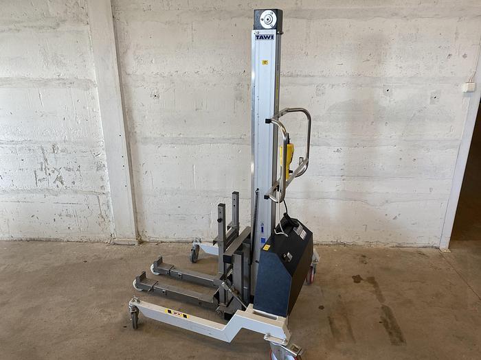 Använd #1143 Skänkvagnstilt för arbetshöjd 150cm
