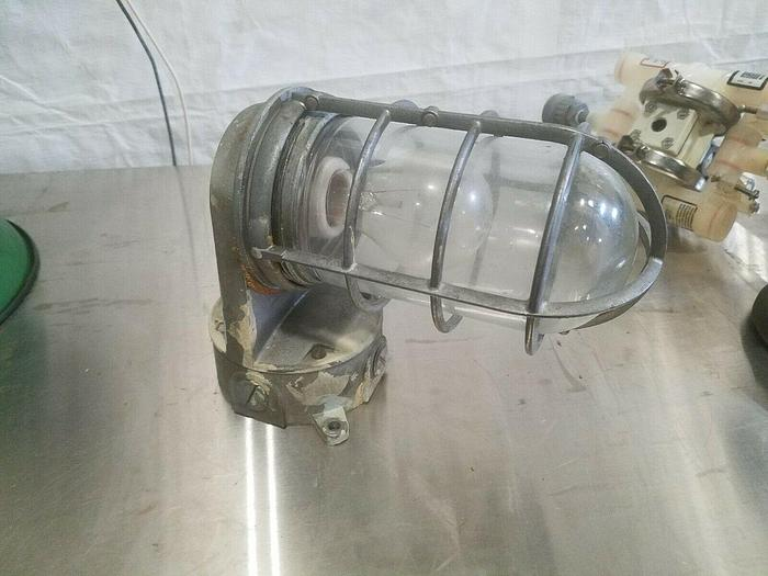 Used Sealed Light for Hazardous Locations Explosion Proof