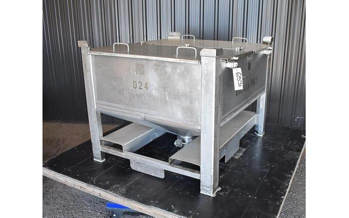 Used USED 200 GALLON TOTE/TANK, STAINLESS STEEL, STACKABLE